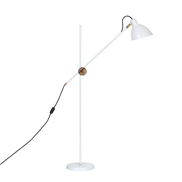 Billede af Konsthantverk KH#1 Gulvlampe - Rå Messing & Hvid