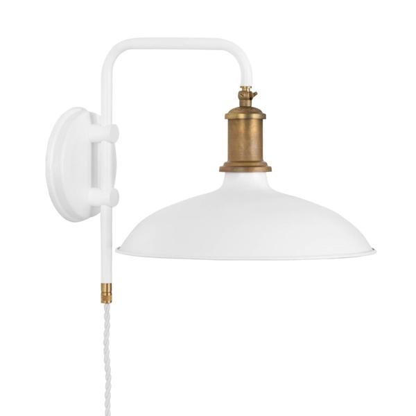 Konsthantverk Kavaljer Væglampe - Mat Hvid & Rå Messing