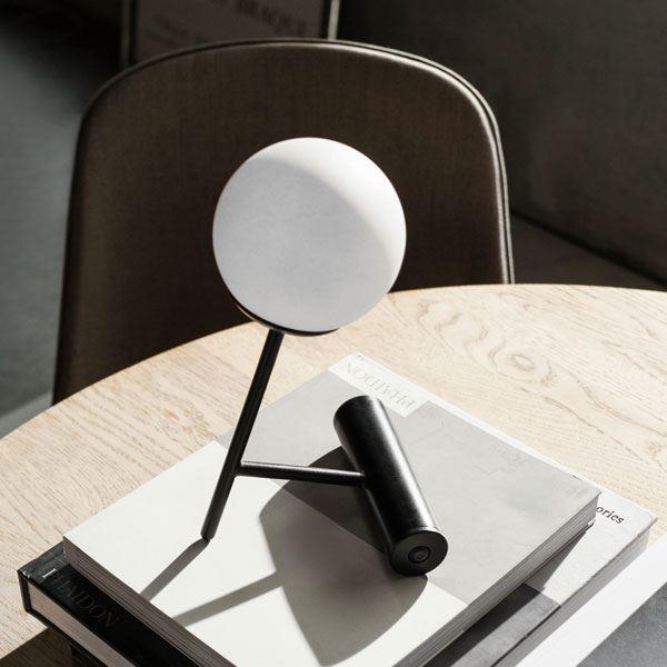 MENU Phare LED Bordlampe Sort