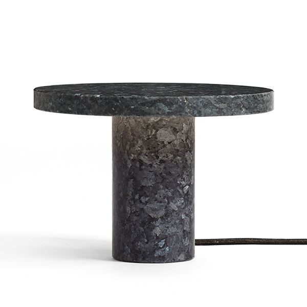 Billede af NEW WORKS Core Bordlampe Blå Granit