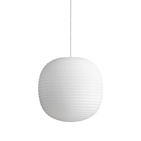 NEW WORKS Lanterne Pendel i Matteret Hvid Opal Glas Mellem